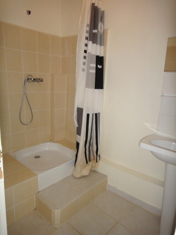 Location appartement Rians 590€ CC - Photo 6