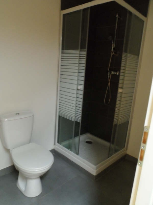 Location appartement Balaruc les bains 536€ CC - Photo 4