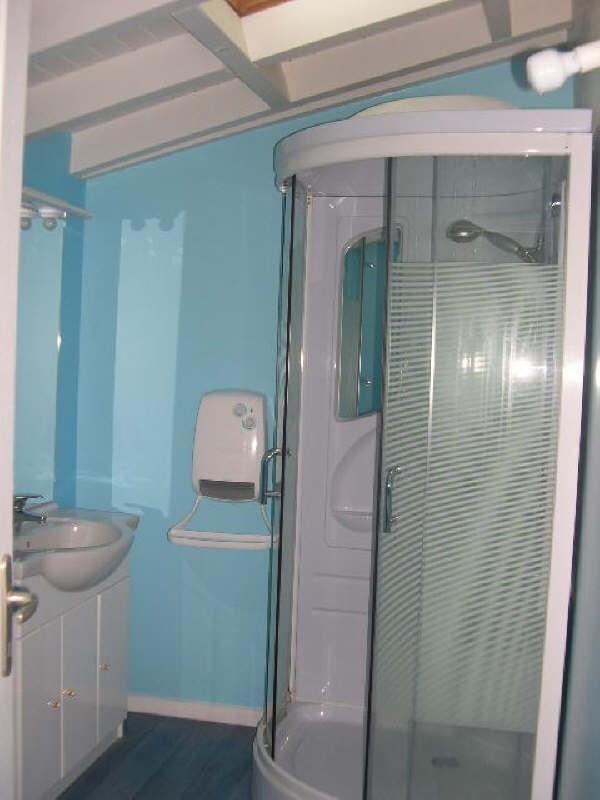 Location maison / villa St andre de cubzac 682€ CC - Photo 4