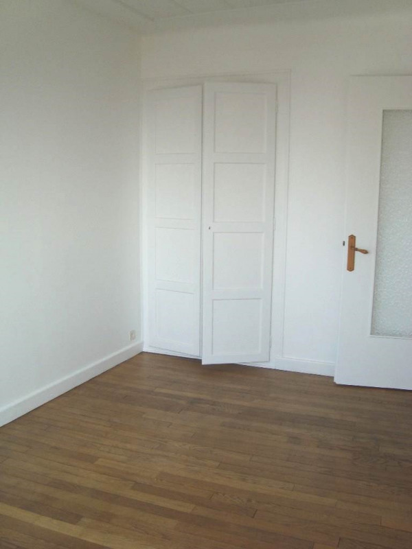Location appartement Annemasse 858€ CC - Photo 4