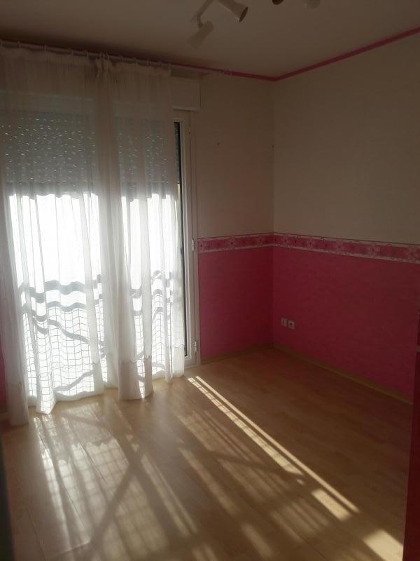 Location appartement Le perray en yvelines 690€ CC - Photo 4