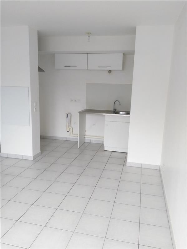 Rental apartment Osny 902€ CC - Picture 3