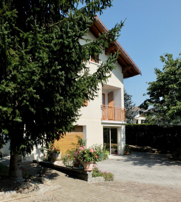 Deluxe sale house / villa Annecy 552000€ - Picture 2