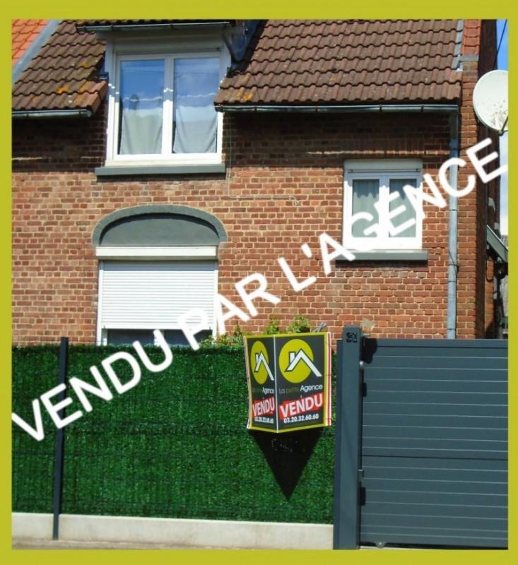 Vente maison / villa Gondecourt 239900€ - Photo 1