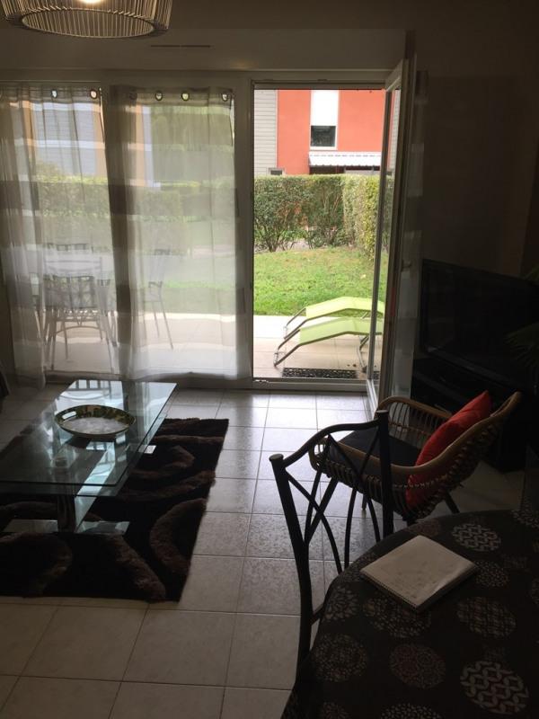 Rental house / villa Neuville sur saone 1000€ CC - Picture 8