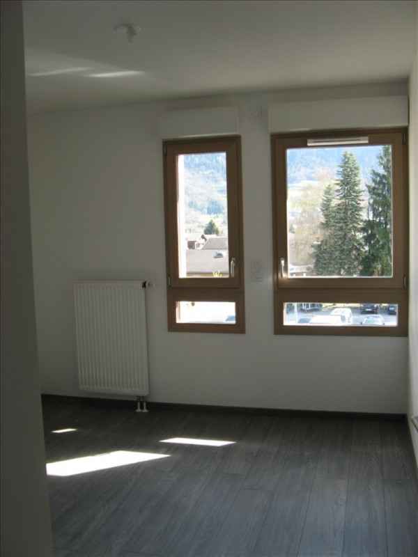 Location appartement Sallanches 788€ CC - Photo 3