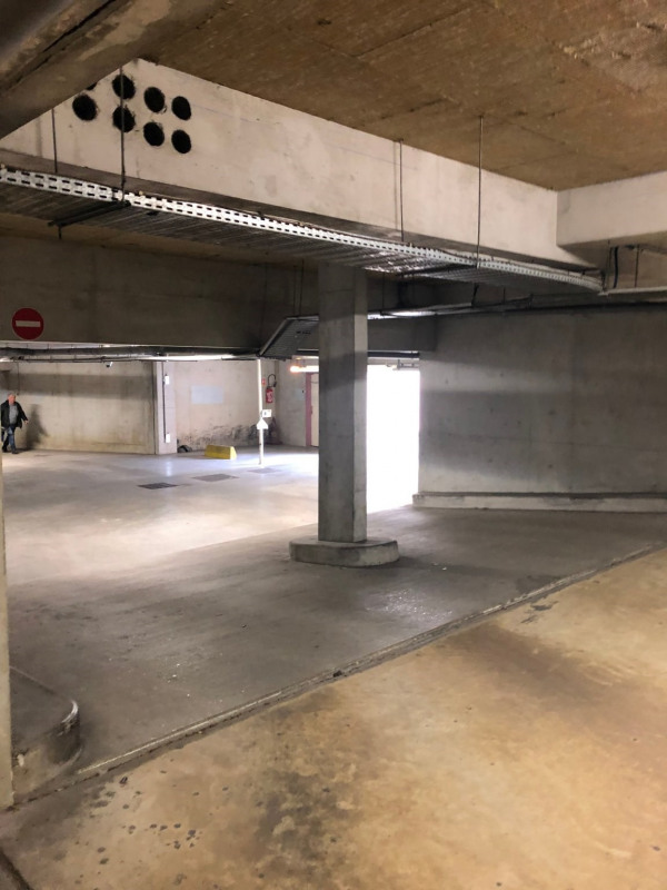Location parking Claye souilly 85€ CC - Photo 1