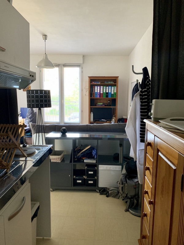 Rental apartment Caen 360€ CC - Picture 6