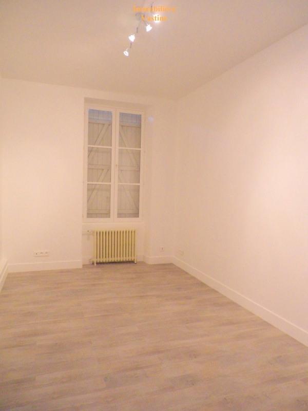 Location appartement Mont l eveque 700€ CC - Photo 2