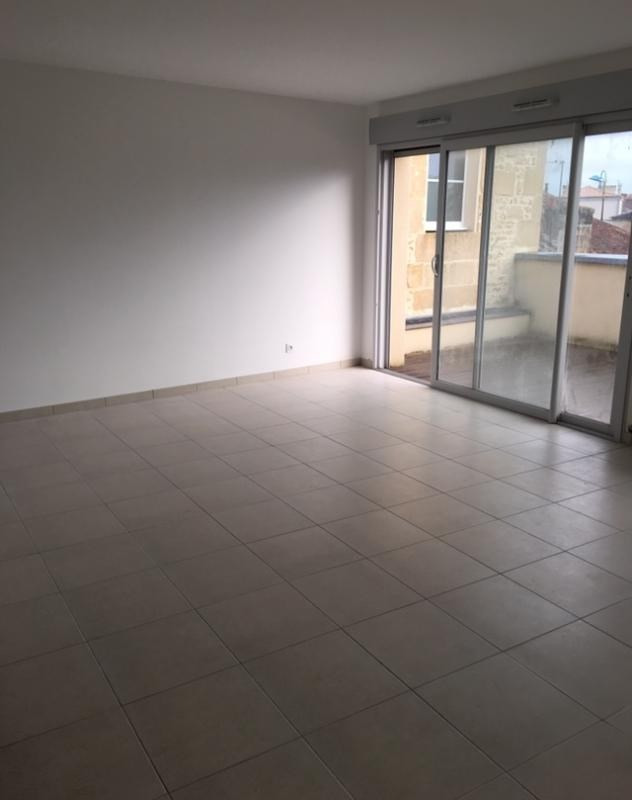 Sale apartment Niort 330 000€ - Picture 2