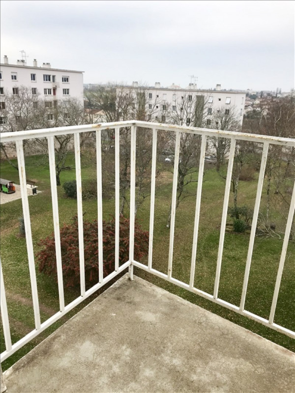 Location appartement Niort 630€ CC - Photo 7