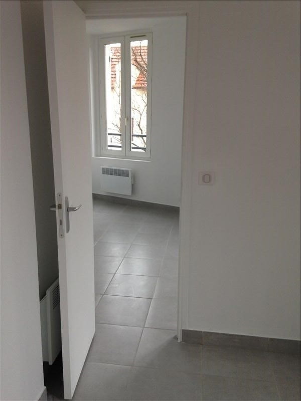 Location appartement Stains 600€ CC - Photo 3
