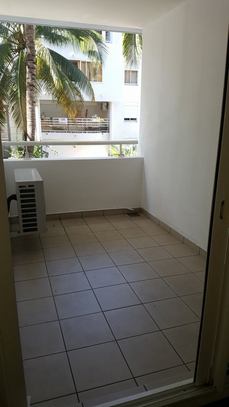 Location appartement Ste clotilde 425€ CC - Photo 9