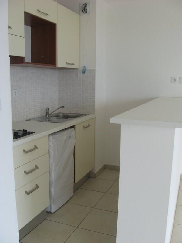 Location appartement Ste clotilde 550€ CC - Photo 2