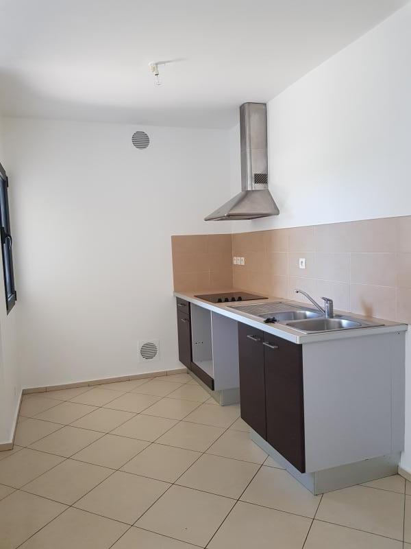 Sale apartment St paul 157500€ - Picture 3