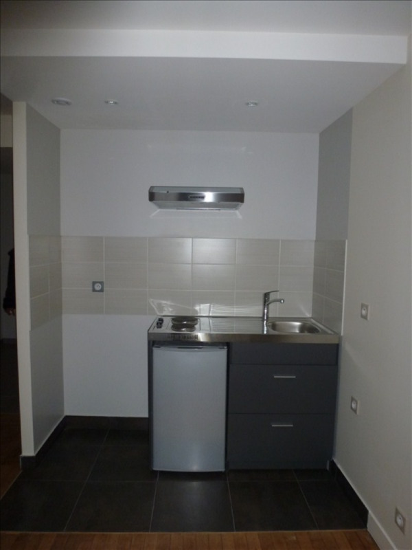 Location appartement L hay les roses 787€ CC - Photo 2