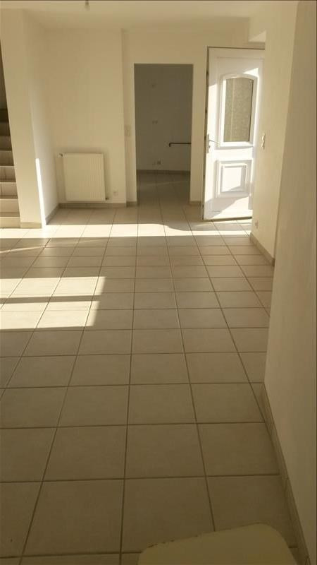 Location maison / villa Sainte colombe 715€ CC - Photo 2