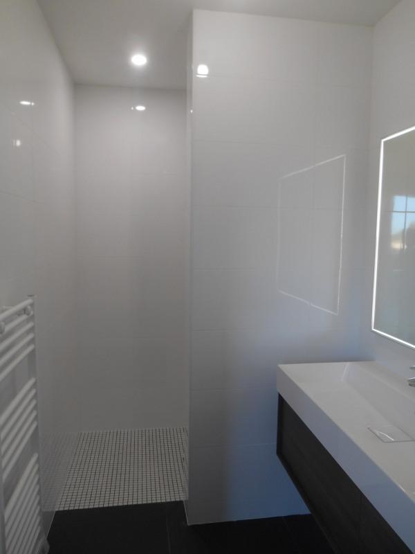 Rental apartment Saint-médard-d'eyrans 1100€ CC - Picture 7
