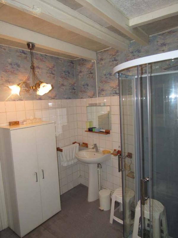 Sale house / villa Saint-jean-d'angély 69750€ - Picture 4
