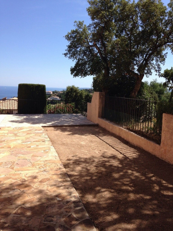 Vacation rental house / villa Les issambres 1 810€ - Picture 12