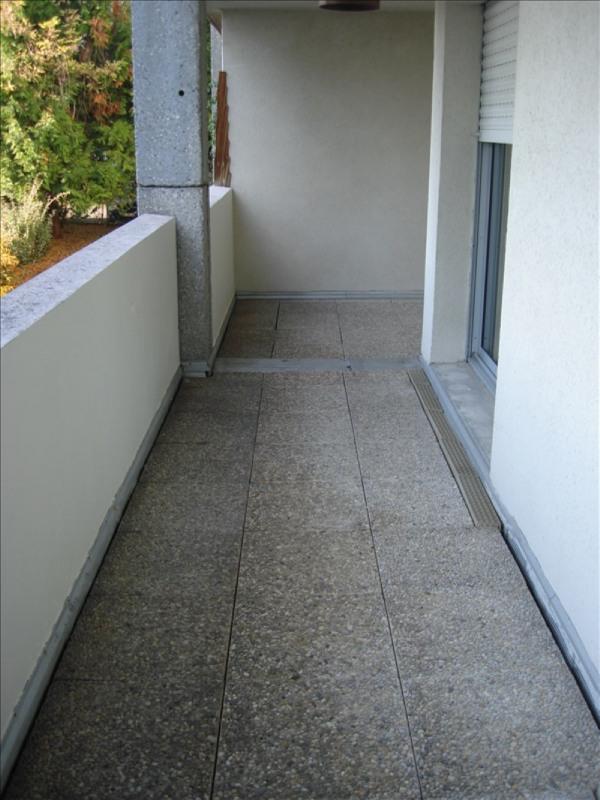 Location appartement Ferney voltaire 978€ CC - Photo 4