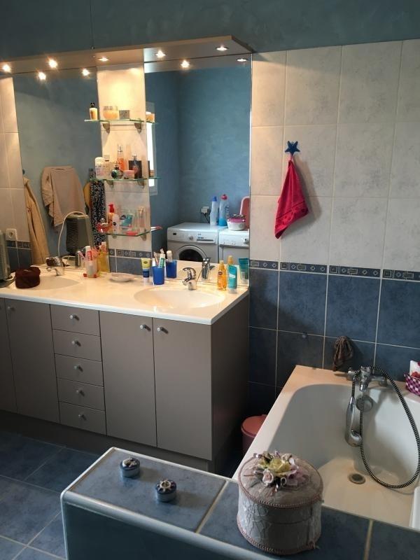 Sale house / villa St andre de cubzac 175000€ - Picture 4