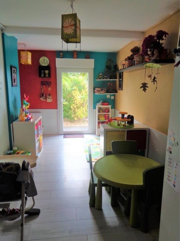 Sale house / villa Tregarantec 229900€ - Picture 6
