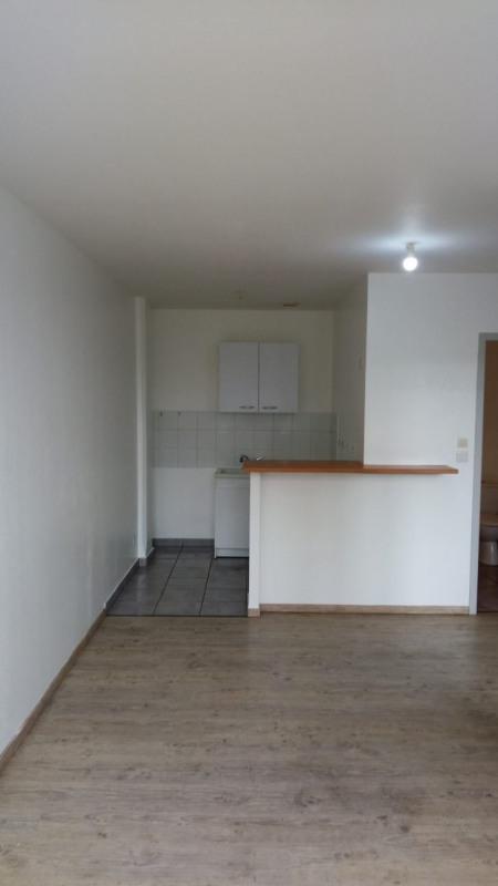 Rental apartment St vallier 335€ CC - Picture 5