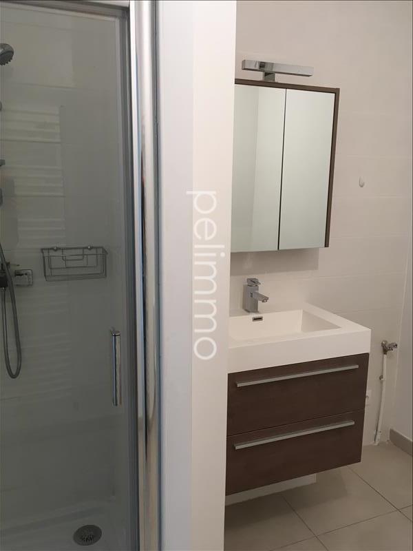Rental apartment Salon de provence 810€ CC - Picture 9