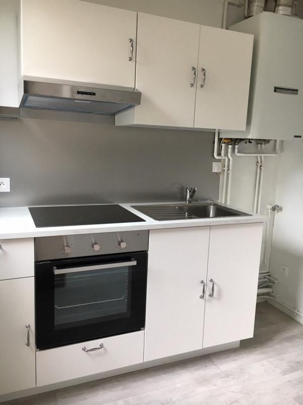 Sale apartment Rambouillet 130000€ - Picture 2