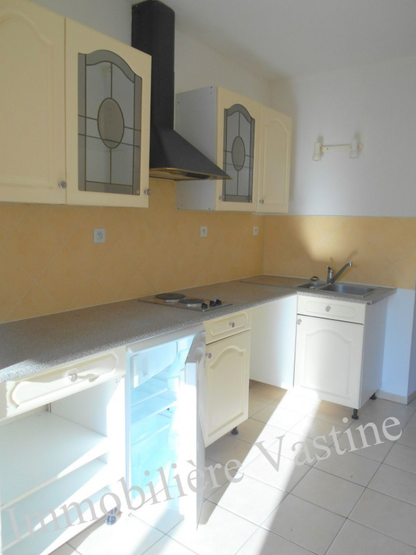 Sale apartment Senlis 120000€ - Picture 2