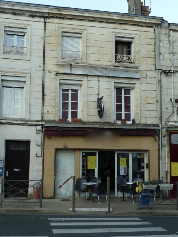 Investment property building Niort 270 400€ - Picture 1
