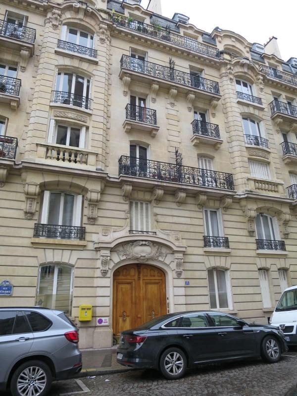 Sale apartment Paris 16ème 319930€ - Picture 1