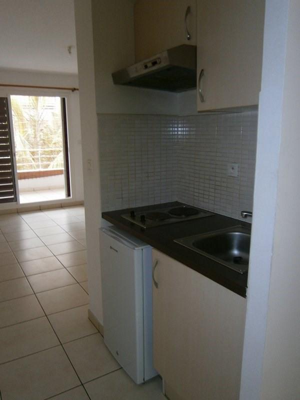 Location appartement St denis 347€ CC - Photo 4