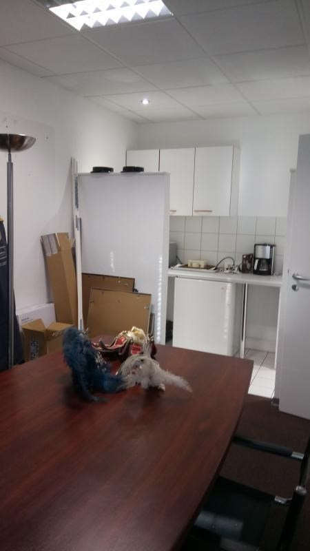 Location local commercial Mulhouse 2 000€ HT/HC - Photo 5