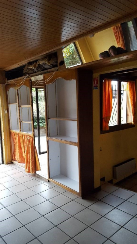 Rental empty room/storage Ambilly 1 460€ CC - Picture 2