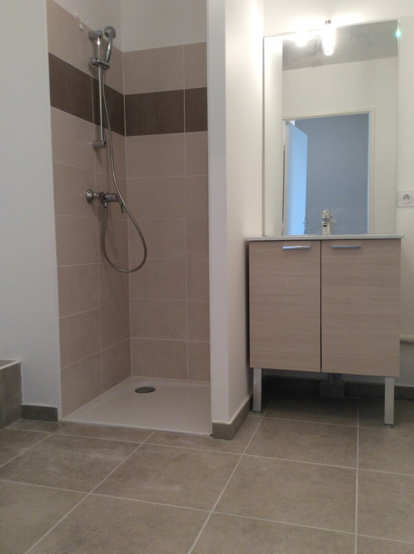 Rental apartment Fréjus 540€ CC - Picture 5