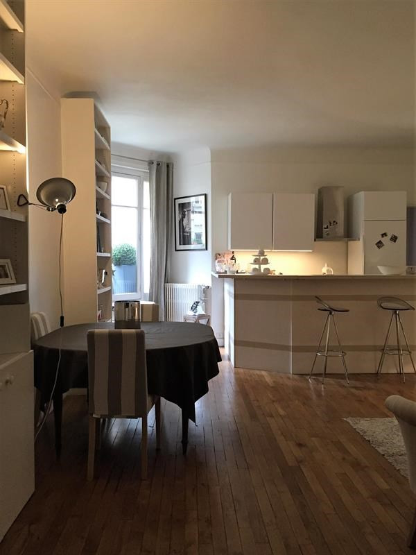 Location appartement Paris 16ème 2 150€ CC - Photo 3