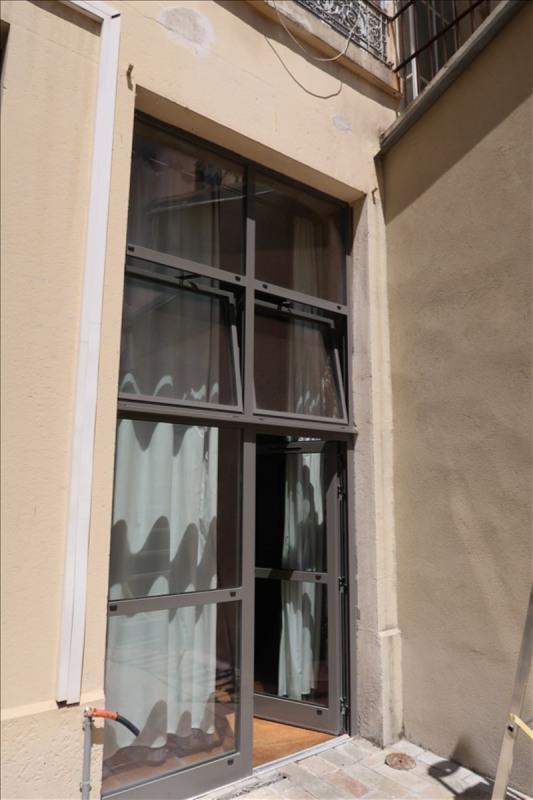 Sale office Lyon 6ème 240000€ - Picture 2