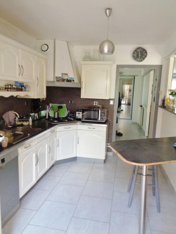 Sale house / villa Lesneven 152975€ - Picture 3