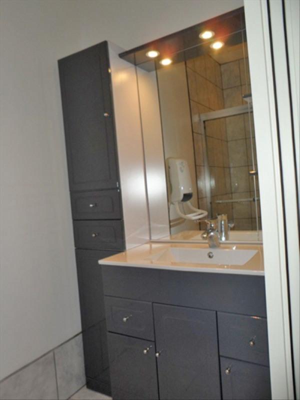 Location appartement Le puy en velay 391,79€ CC - Photo 3