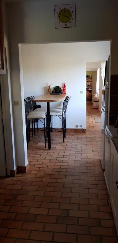 Location maison / villa Castres-gironde 820€ CC - Photo 5