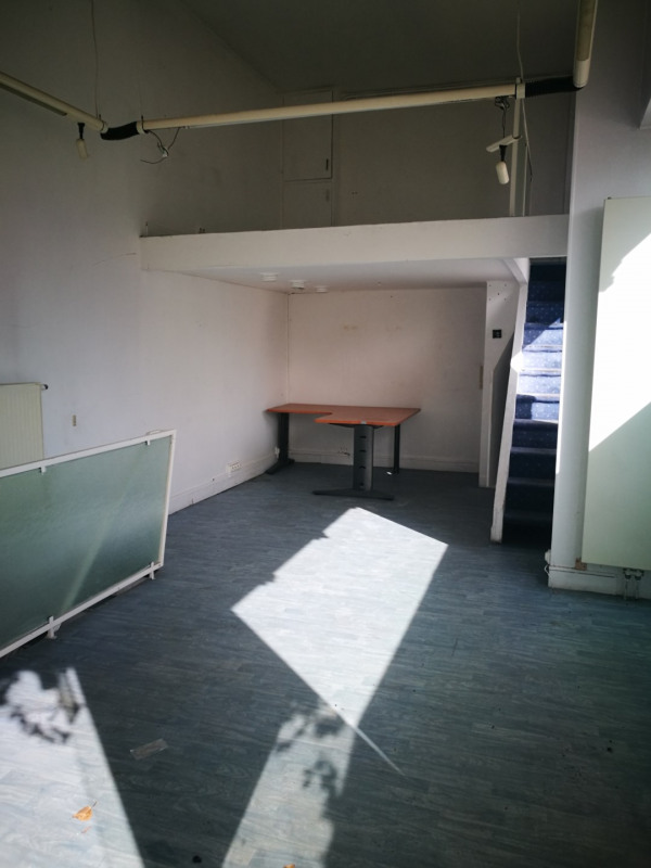 Location local commercial Melun 620€ HT/HC - Photo 1