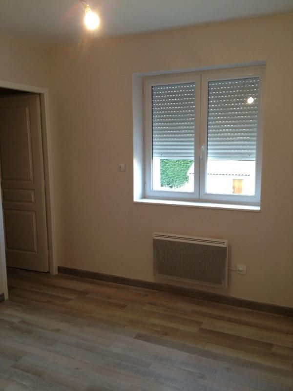 Rental house / villa Craponne 1100€ CC - Picture 3