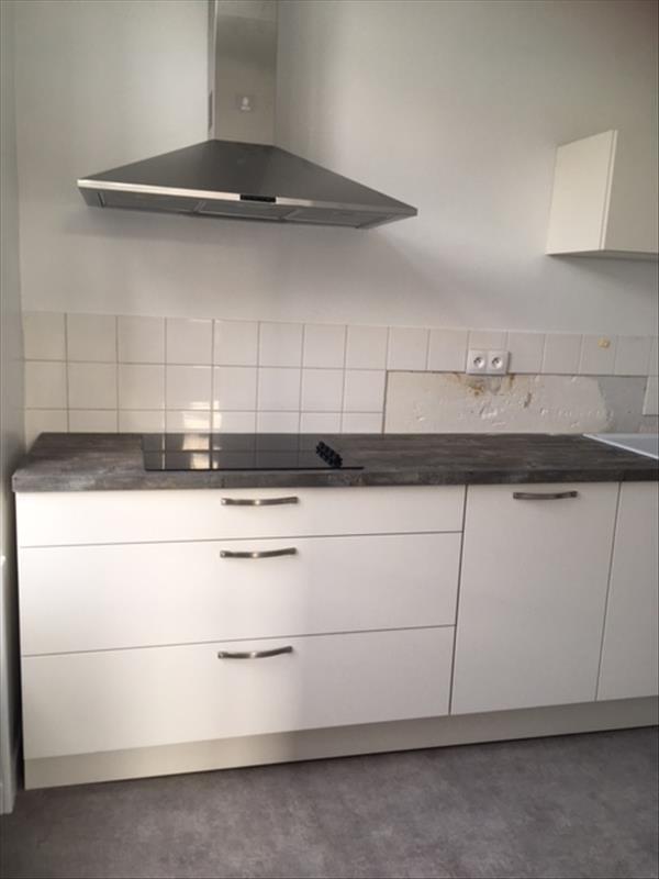 Rental apartment Cognac 396€ CC - Picture 1