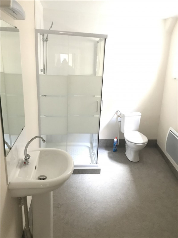 Location appartement Niort 374€ CC - Photo 3