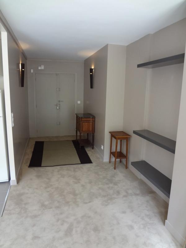 Rental apartment Paris 15ème 1550€ CC - Picture 3