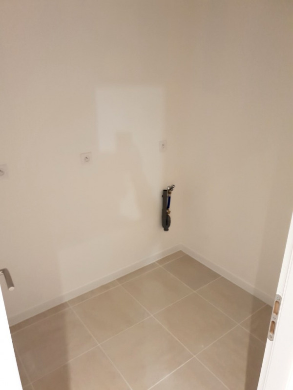 Location maison / villa Rians 1 090€ CC - Photo 6