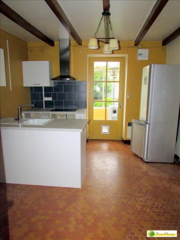 Sale house / villa Amberac 76000€ - Picture 5