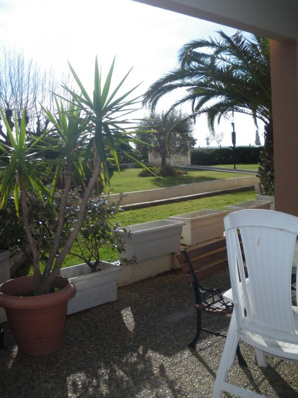 Location appartement Port fréjus 635€ CC - Photo 1